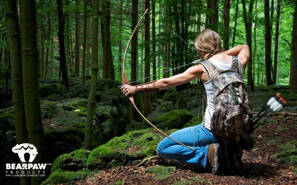 wallpaper-archery-girl-outdoor_optimized